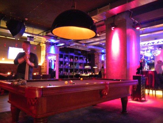 pentahotel Prague: cosy bar area