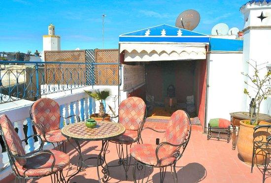 Maison d' Hotes de la Cite Portugaise d'El Jadida : La deuxiéme terrasse d'où l'on aprçoit la plage