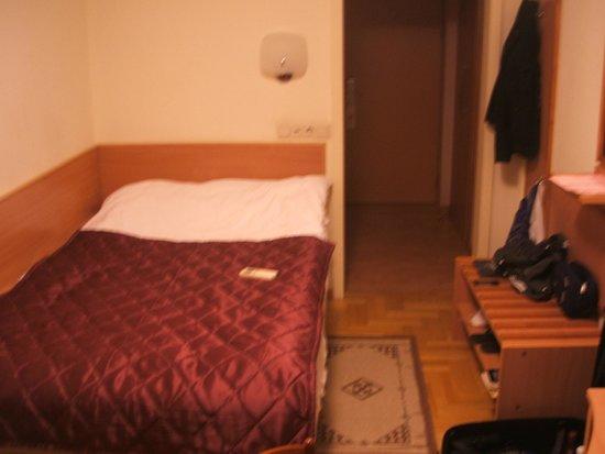 Azimut Hotel Siberia: camera al 10°piano