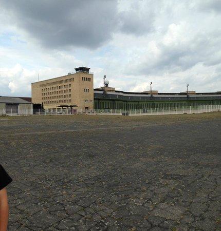 Tempelhofer Park: Control Tower