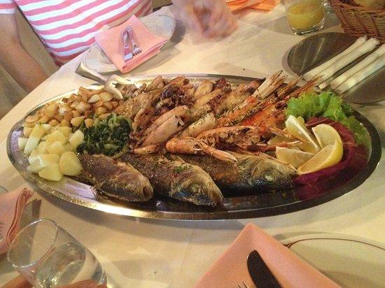 Konoba Kazun : Fischplatte für 3 Personen