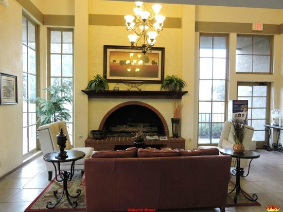 Best Western Plus Desert Villa Inn: Reception
