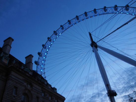Hairy Goat Photography Tours : London Eye By Night