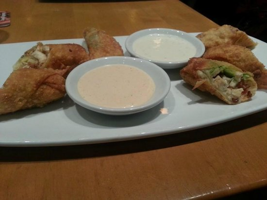 Delicious avocado egg rolls - Picture of California Pizza Kitchen ...