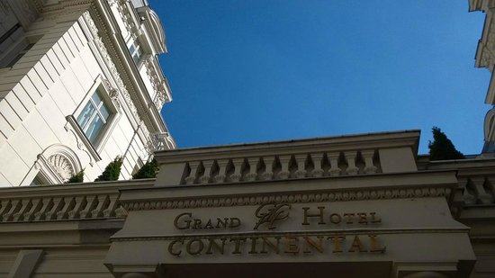 Grand Hotel Continental : Hotel outside