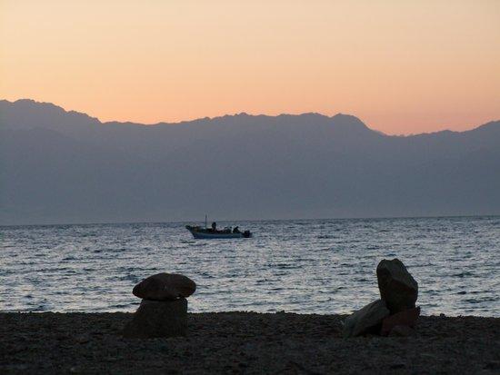 Desert Divers Dahab: Sunrise at Ras Abu Galoum