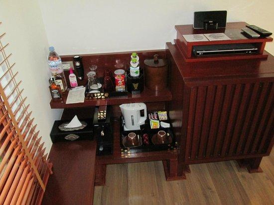 Pavilion Samui Villas & Resort: The mini bar