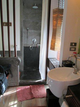 Pavilion Samui Villas & Resort: 5* bathroom