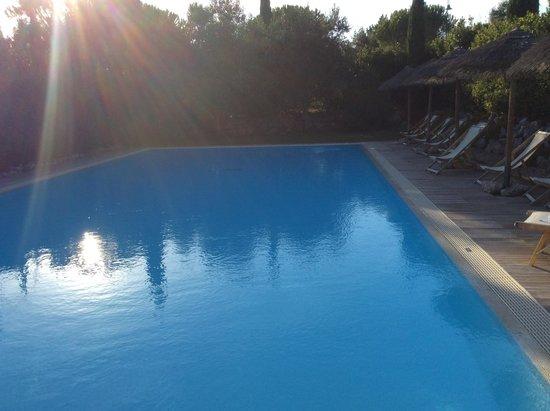 Piscina foto di hotel terme di caldana venturina - Terme di venturina prezzi piscina ...