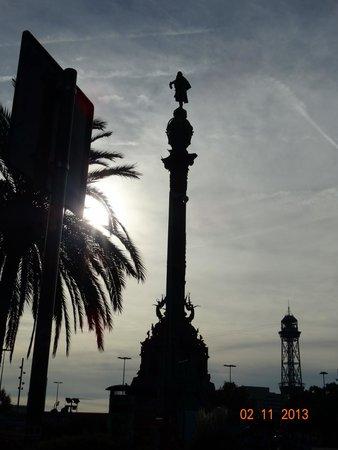 Monumento a Cristoforo Colombo : Ночь