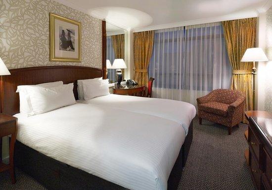 Millennium Hotel London Knightsbridge: Standard Twins