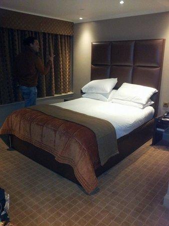 Radisson Blu Edwardian Heathrow Hotel: Bedroom