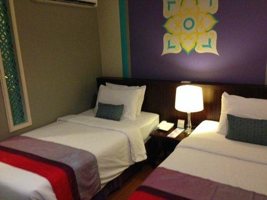 Sawasdee Hotel @ Sukhumvit Soi 8 : Room