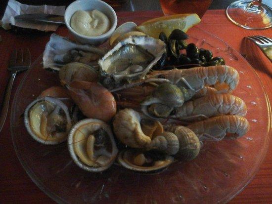 Cafe Foutu : Entrée: assiette de la mer