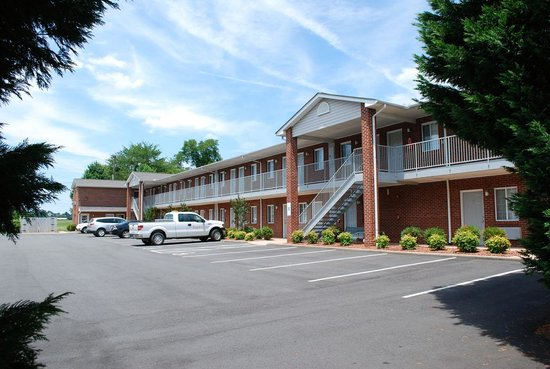 Great place for short or long stay review of affordable for Cheap hotels near charlotte motor speedway