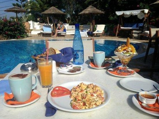 Kavos Boutique Hotel Naxos: Morning breakfast