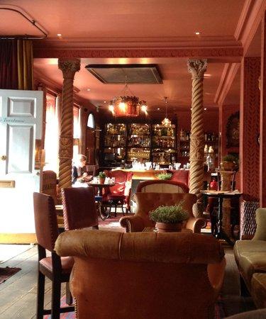 The Zetter Hotel: Ingenius unique cocktails in the bar