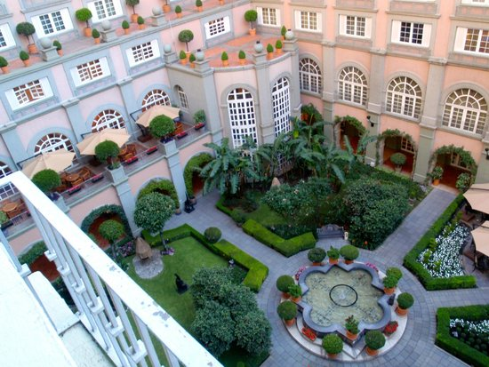 فور سيزونز هوتل مكسيكو دي. إف.: Beautiful Courtyard