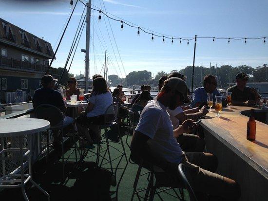 Idler Restaurant: My Spot to Enjoy Sunny Day