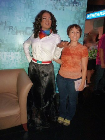 Madame Tussauds New York: Rosella with Oprah !!!!