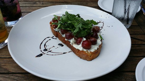The Turf Room: Different but yummy take on Bruschetta