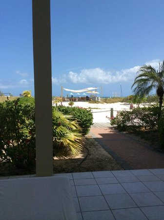 Beach House Turks & Caicos: view from ground floor balcony - nice & easy to wander to the beach bar too!