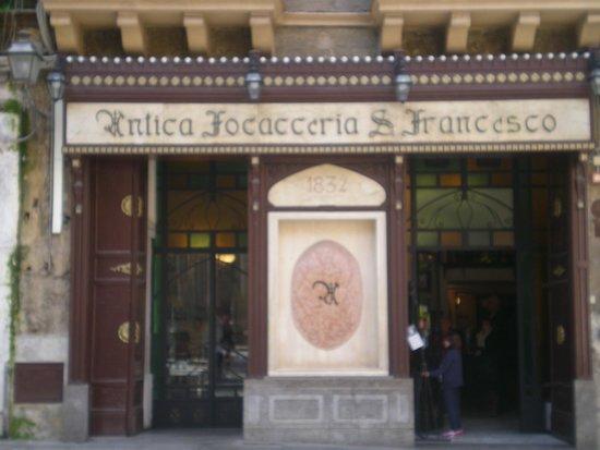 Antica Focacceria San Francesco: ingresso