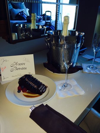 Omni Dallas Hotel : My gift from the staff
