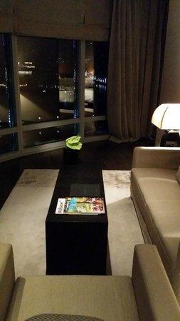 Armani Hotel Dubai: inside