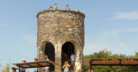 Mount Battie: Tower on top of Mountain