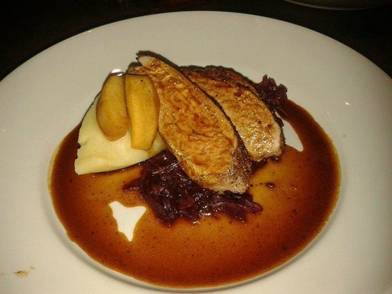 Doubletree by Hilton, Dunblane-Hydro: loin of pork with champ and caramelised apples