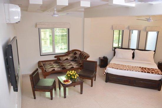 Shree Avezika Comfort Hotel