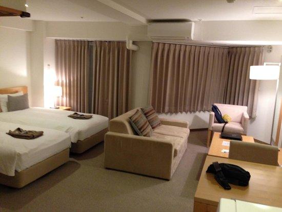 One Niseko Resort Towers : 部屋は清潔で家族4人でも十分な広さでした。