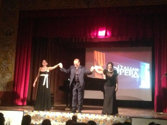Italian Opera Taormina: Duets and arias in a lovely setting