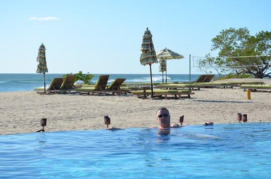 JW Marriott Guanacaste Resort & Spa: time for a dip