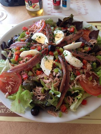 Le Coq Hardi : Salade Nicoise