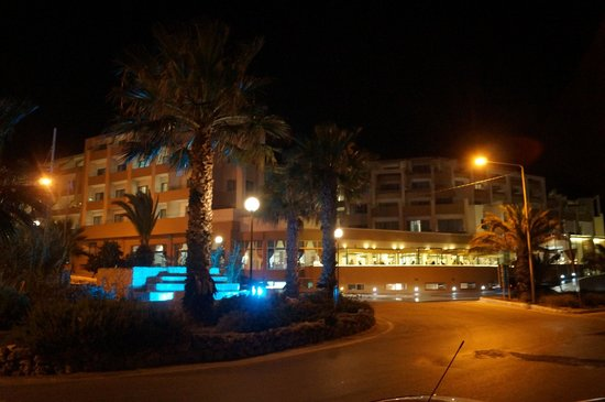 db Seabank Resort + Spa: An evening view of the front of the hotel.