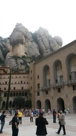 Barcelona Turisme - Afternoon in Montserrat Tour : monserrat