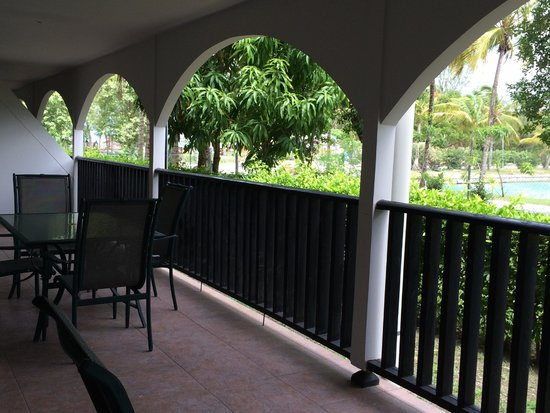 Tranquility Bay Antigua: Huge patio on the 2/3