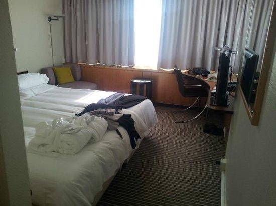 Swissotel Zurich: Room
