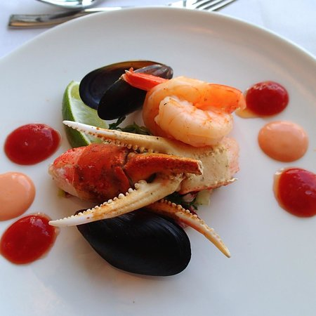 Sandals Royal Bahamian Spa Resort & Offshore Island : Seafood Appetizer