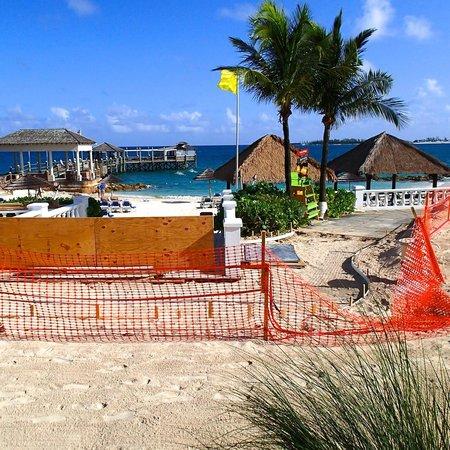 Sandals Royal Bahamian Spa Resort & Offshore Island : Construction of Walkway