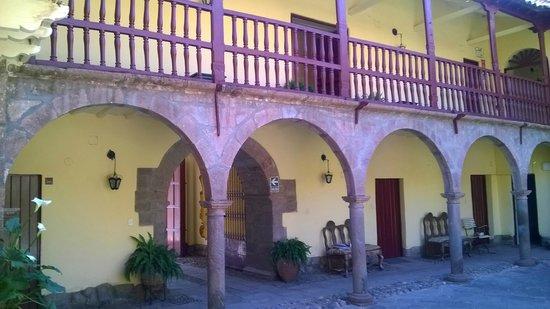 Hotel La Casona De Yucay Valle Sagrado : Vista del patio de la Casona