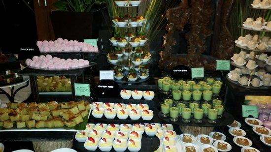 Veligandu Island Resort & Spa: The desserts mmmmm