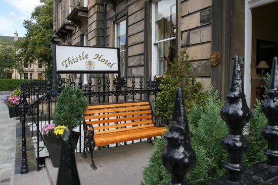 Edinburgh Thistle Hotel: FRONT OF HOTEL