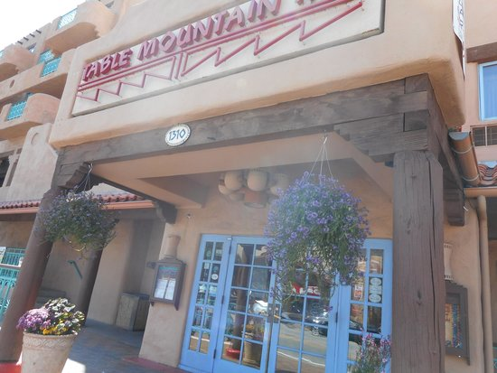 Table Mountain Grill and Cantina: Entrance