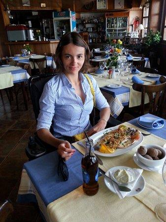 Astillero Avencio : Обедаю любимое блюдо