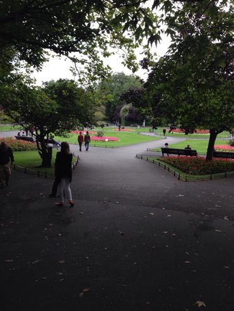 St Stephen's Green : Peaceful, relaxable, amazing place:)