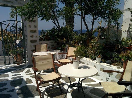 Nazos Hotel: The dinning erea