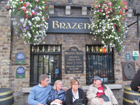 An Evening of Food, Folklore and Fairies: Brazen Head Pub, Ireland